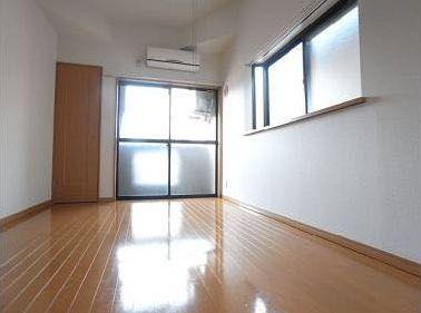 《スッドヴェント》吉塚駅 徒歩8分